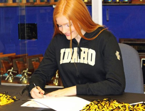 Senior Soars to Become a Vandal